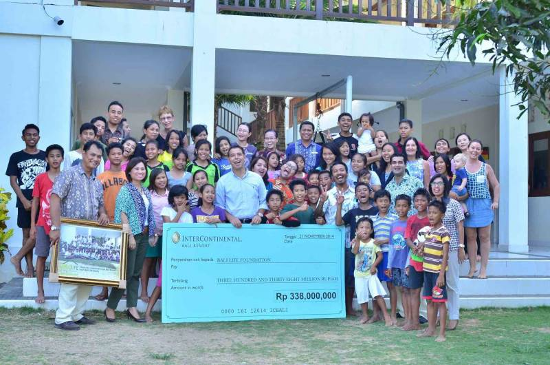 Helping Balinese people off the streets